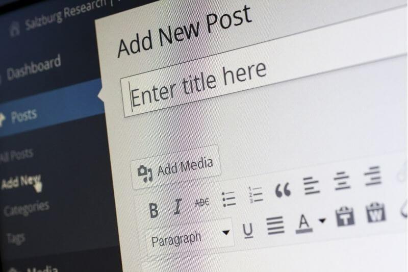 blogging as an academic side hustle